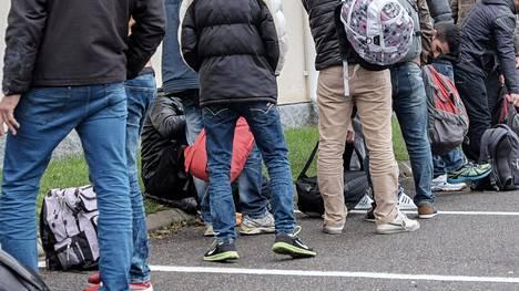 Viime vuonna Suomeen tuli ennätysmäärä turvapaikanhakijoita. Joukossa oli myös yksin saapuneita alaikäisiä. Maahanmuuttoviraston mukaan yksin tuli 3024 alaikäistä turvapaikanhakijaa.