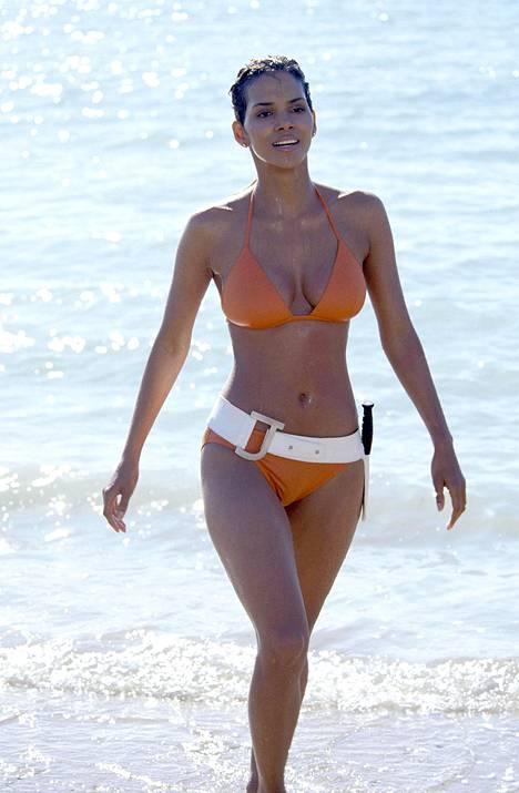 Tämä on yksi ikonisimmista kuvista, joka Halle Berrystä on otettu.