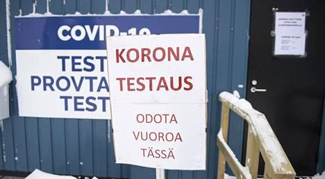 Koronatestikontit ovat Torniossa rajanylityspaikan välittömässä läheisyydessä.