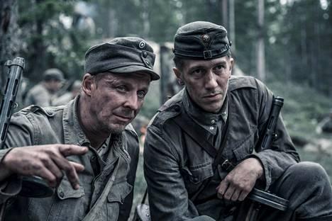 Uudessa Tuntemattomassa sotilaassa Rokkaa esittää Eero Aho ja Koskelaa Jussi Vatanen.