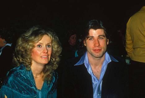 Diana Hyland ja John Travolta rakastuivat kuvauksissa.