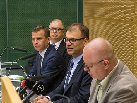 Ministerit vierailivat viime kesänä Salossa Microsoftin suur-irtisanomisten vuoksi