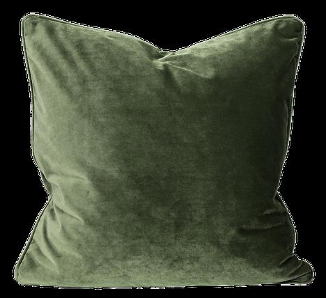 Sametti on trendikangas, josta löytyy värivaihtoehtoja jokaiseen makuun aina tumman dramaattisista sävyistä hempeän luonnonläheisiin väreihin. Mosa Interiors.