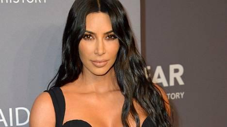 Kohukaunotar Kim Kardashian suosii erittäin pelkistettyä sisustusta.