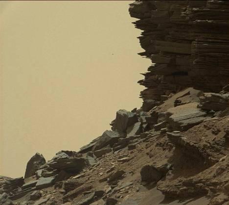 Maisema Marsissa on kuin toiselta planeetalta. Ja onhan se.