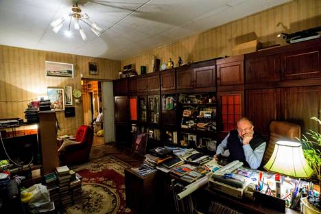 Tanjan entisessä asunnossa asuu nyt Aleksandr Uralov. Se on hänen lapsuudenkotinsa. Uralov osti Tanjan vanhan kotikadun ensimmäisen ulkomaalaisvalmisteisen auton 1990-luvun alussa.