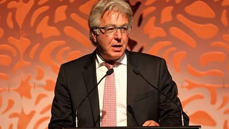 Australian yleisurheiluliiton puheenjohtaja David Grace vaatii oikeutta maansa urheilijoille.