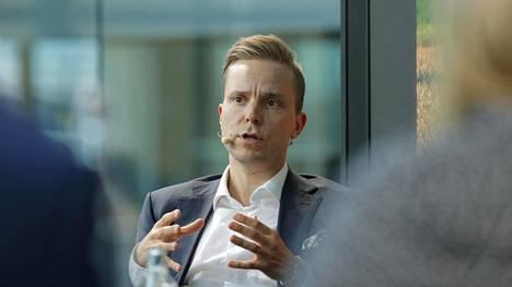 Keskustan varapuheenjohtaja, kansanedustaja Petri Honkonen.