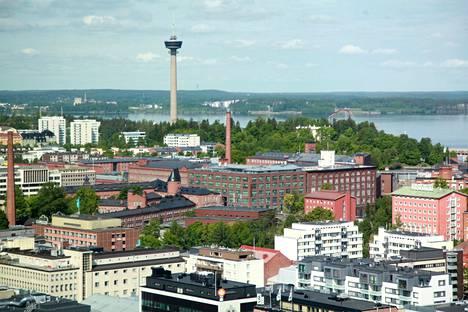 Särkänniemen Näsinneula on yksi Tampereen tunnetuimmista nähtävyyksistä.