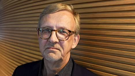 Valtio-opin professori Ilkka Ruostetsaari arvioi, että perussuomalaisten kannatuksen lasku saattaa jatkua.