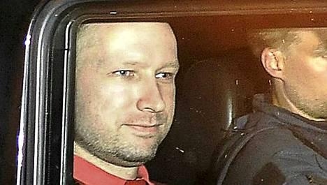 Anders Behring Breivikin mielentilatutkimus herättää keskustelua.