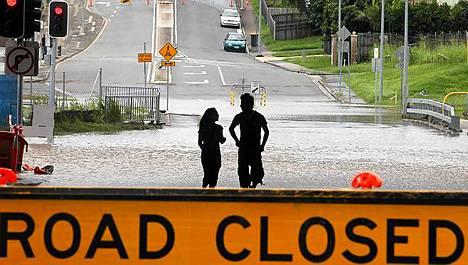 Tulvat ovat jo saavuttaneet Brisbanen esikaupungin.