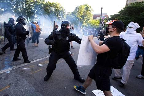 Protestit Washingtonissa jatkuivat.