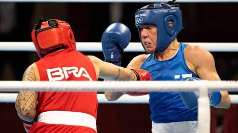 Mira Potkonen taisteli vimmatusti, mutta väsyi ja alkoi sen jälkeen tehdä virheitä. Brasilian Beatriz Ferreira marssi lopulta selvällä erolla finaaliin.
