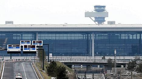 Berlin Brandenburg -lentokenttä on vielä rakenteilla.