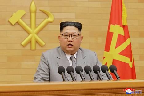 Diktaattori Kim Jong-un esitteli harmaata tyyliä.