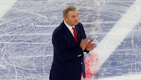 Vladislav Tretjak on nykyään Venäjän jääkiekkoliiton puheenjohtaja.