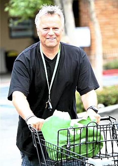 Onko tässä todella legendaarinen MacGyver? Huippusuositun seikkailusarjan pääosaa esittänyt näyttelijä Richard Dean Anderson kuvattiin perjantaina Malibussa, Kaliforniassa.