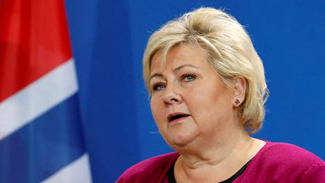 Ruotsiin matkaavia odottaa kotona karanteeni, pääministeri Erna Solberg sanoi torstaina.