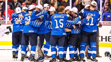 Jääkiekkomenestys ilahduttaa yhä suomalaisia.