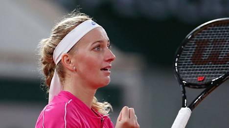 Petra Kvitovan tunteet myllersivät maanantain voitto-ottelun yhteydessä.
