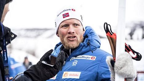 Mahdollista vain Norjassa? Hiihtopiirejä ravistellut huippuvalmentaja potkittiin pois – tällainen on hänen uusi työnsä