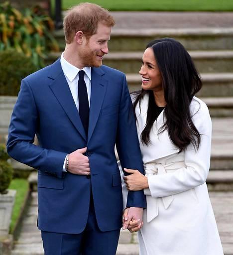 Brittihovin sisäpiiristä kerrotaan, että Harryn ja Meghanin asemaa hovissa olisi tarkoitus arvioida uudelleen keväällä 2021.