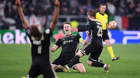 Ajax rynni Mestarien liigan välieriin.