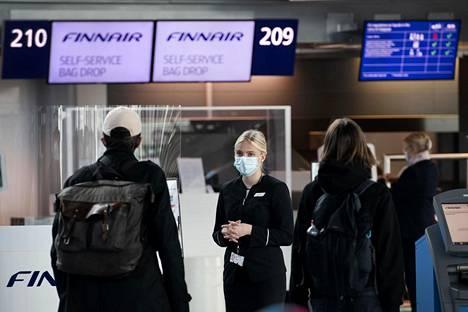 Lentoasemalla Finnairin työntekijöiden työskentely jatkui normaaliin tapaan.