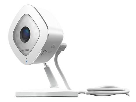 Kuluttajille tarkoitettujen valvontakameroiden hinnat ovat laskeneet nopeasti, ja käytöstä on tullut helppoa.