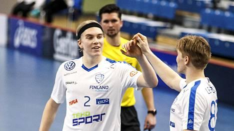 Suomi hurjana Tallinnassa: voitti 32–1