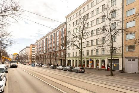 Pikkukoti sijaitsee Alppilassa, Aleksis Kiven kadulla.