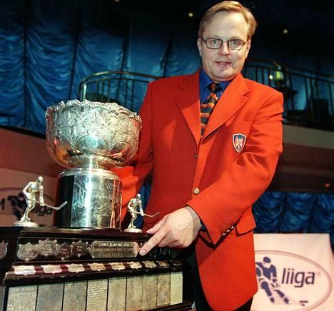 Kanada-malja ei ole lainkaan vieras esine mestarivalmentaja Rauno Korvelle.