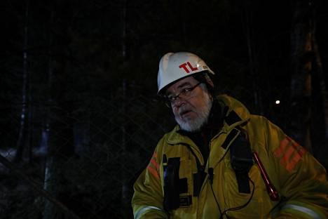 Päivystävä palomestari Tommi Lönnqvist osasi odottaa pelastusoperaatiolle onnellista loppua.