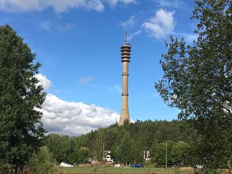 Torni kohoaa yli 130 metrin korkeuteen.