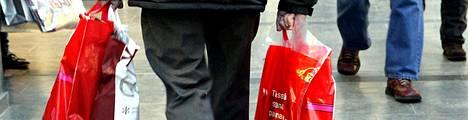 Suomalaiset ottavat pienempiin ostoksiin kulutusluottoa tarvelähtöisesti.