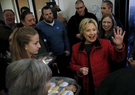 Hillary Clintonin odotetaan joutuvan Iowassa kovaan kamppailuun haastaja Bernie Sandersin kanssa.