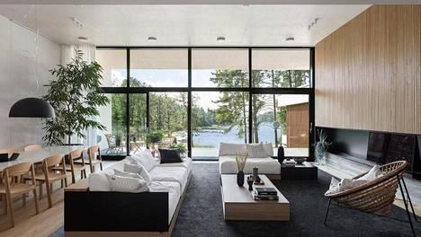 Sipoossa myydään kotia, joka on kuin yhtä isoa ikkunaa – pyyntihinta lähes 3 miljoonaa euroa