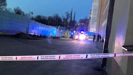 Helsingin päärautatieaseman puukotus tapahtui huhtikuussa 2021.