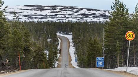 Kuvaa Urho Kekkosen kansallispuiston länsilaidalta huhtikuulta 2016.