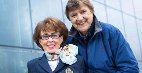 Arja Tuomarila ja Kai Lind olivat naimisissa 56 vuotta. Kuva kesältä 2017.