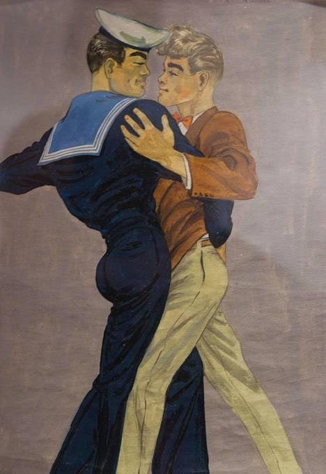 Tom of Finlandin piirroksia on ollut 2000-luvulla esillä useissa näyttelyissä. Kuva Turusta vuodelta 2011.