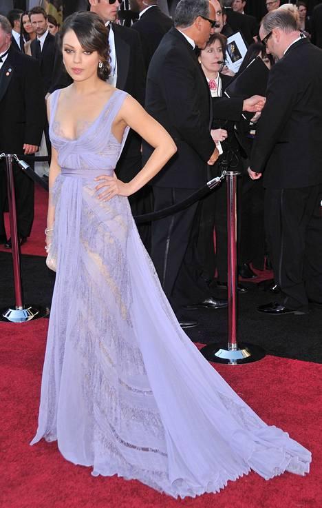 Mila Kunis hurmasi vuonna 2011.