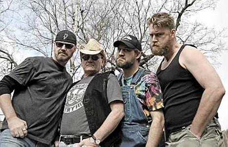 Hayseed Dixie soittaa Suomessa viisi keikkaa.