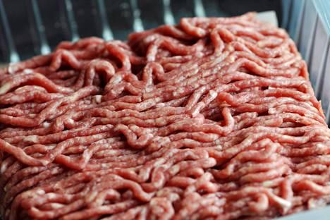 Lihataloista kerrotaan, että vähärasvaisempi jauheliha säilyy pakastimessa paremmin kuin rasvaisempi.