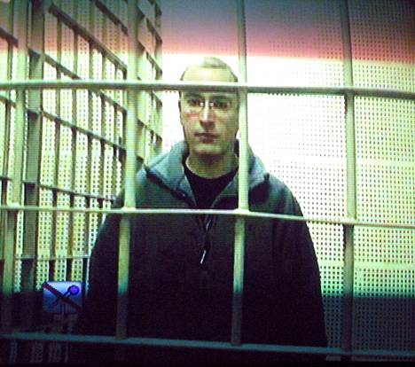 Entinen Venäjän rikkain mies Mihail Hodorkovski tuomittiin kahdesti ja hän istui vuosikymmenen vankilassa.