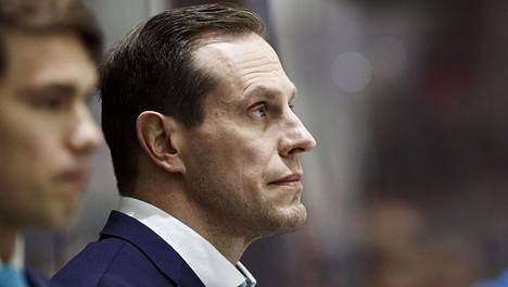 Ville Nieminen muuttaa Ruotsiin.