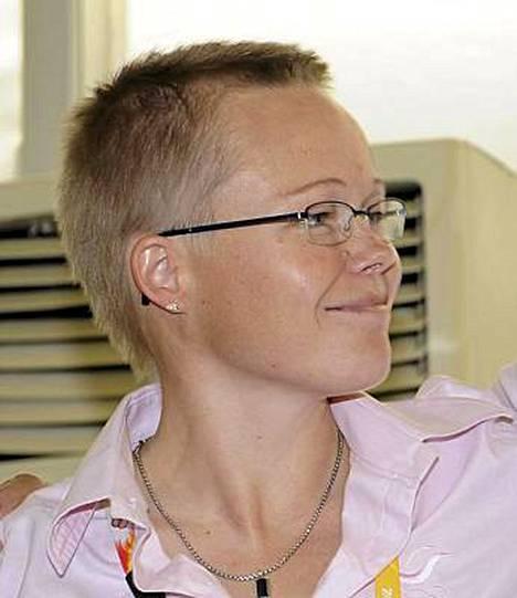 Leena Paavolaisen (kuvassa) paikan valmennusjohtajana ottaa Jari Karinkanta.