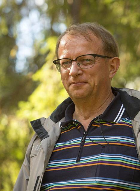 Kari Härkönen, 59, työskentelee Luonnonvarakeskuksessa tutkijana.