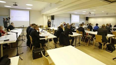 Jyväskylän elokuun 2015 väkivaltaisuuksia puidaan käräjillä.